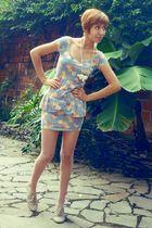white thrift accessories - blue pull&bear dress - pink thrift tights - beige gif