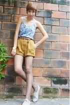 blue Zara shirt - brown thrift belt - brown thrift shorts - brown thrift tights