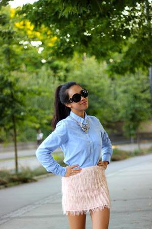 silver statement Leslie Danzis necklace - light blue dress Joe Fresh shirt