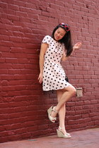 red heart sunglasses - eggshell polka dot Topshop dress