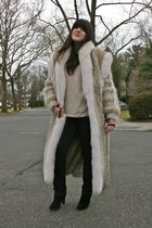 black booties sam edelman boots - cream H&M sweater