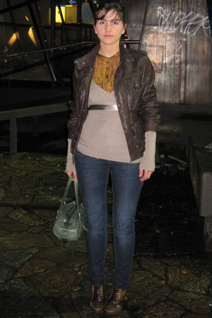 Topshop jacket - Zara blouse - Stradivarius sweater - Zara jeans - Pura Lopez sh
