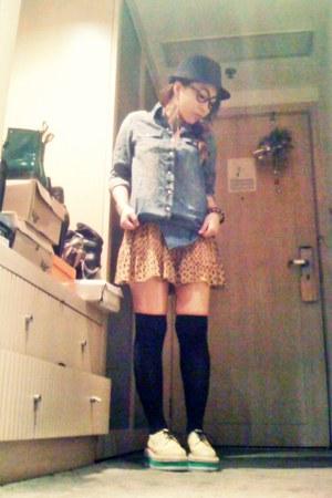 hat - skirt