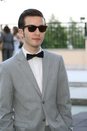 H&M suit - Zara shirt - Marc by Marc Jacobs tie - Ray Ban sunglasses