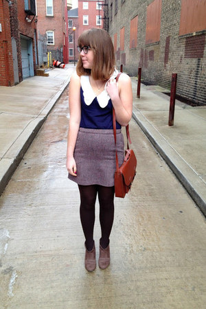H&M bag - Gabriella Rochas boots - HUE tights - H&M skirt - modcloth blouse