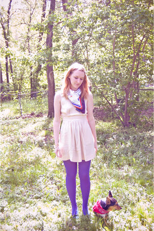Urban Outfitters dress - blue tights - blue vintage - red vintage shoes