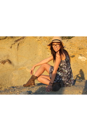 light blue dress - tan hat - crimson Urban Outfitters boots