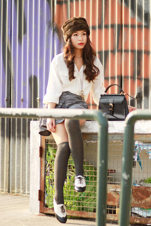 black Steve Madden shoes - white GINA TRICOT shirt - black Valentino bag - gray