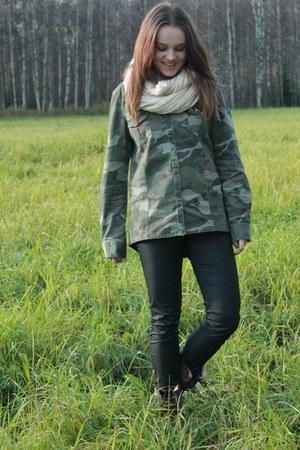 olive green camouflage Zara shirt