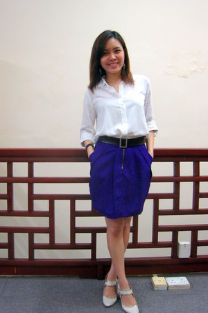 purple Lollyrouge skirt - white shirt - beige Charles &amp; Keith heels