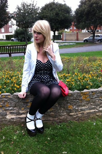 white vintage blazer - Jane Norman - black tights - black Topshop shoes