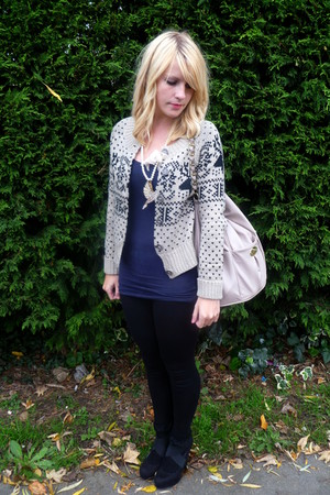 beige new look cardigan - Topshop necklace - black new look shoes