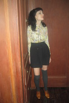 black Urban Outfitters skirt - brown ann taylor shoes - yellow vintage shirt - v