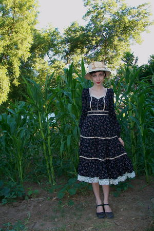 black Gunne Sax dress
