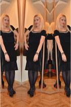 Scooter plus blouse - OASAP heels - Kookai skirt