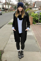 black Amazon boots - black trench vintage coat