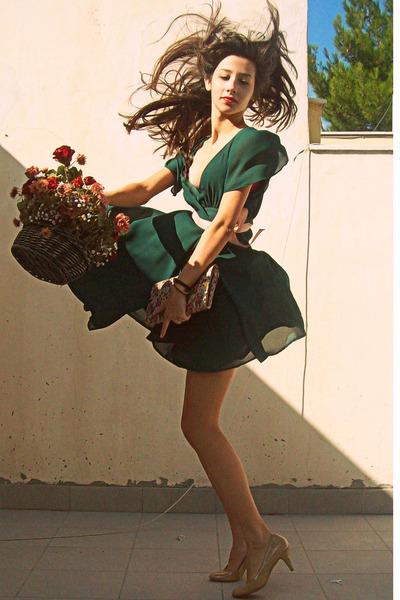 forest green H&M dress - nude Steve Madden pumps