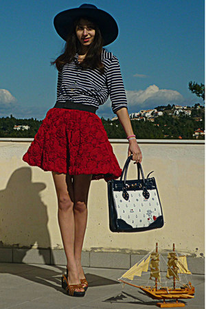 white nautical OASAP bag - navy striped dress - navy Zara hat - navy wedges