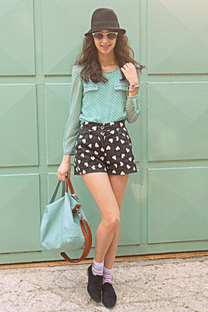 black hat - black oxford shoes - aquamarine bag - black heart shorts