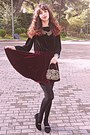 Gold-baroque-vintage-purse-crimson-velvet-romwe-skirt-black-velvet-blouse