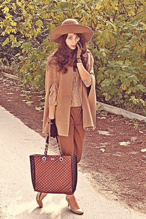 camel H&amp;M hat - burnt orange D&amp;G bag - camel romwe cape