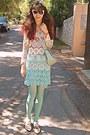 Ivory-oxford-lace-chicwish-shoes-aquamarine-tights-aquamarine-lulus-bag