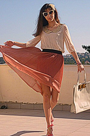 coral romwe skirt - ivory ted baker bag - ivory romwe sunglasses - salmon wedges