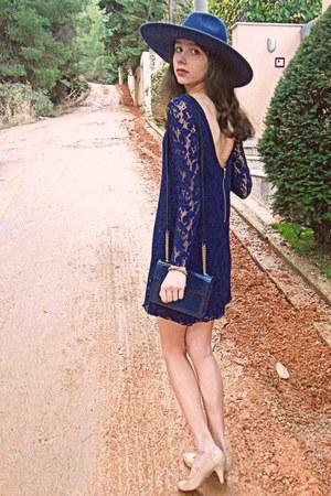 navy Zara hat - navy lace Zara dress - navy vintage bag - nude heels
