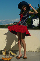 white OASAP bag - navy hat - ruby red rose Chicwish skirt - navy top