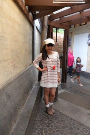 red Colza dress - camel Therapy boots - white knit yellowline hat
