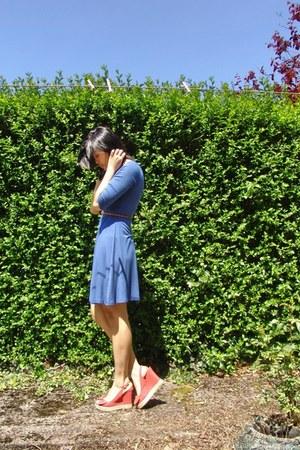 blue Forever 21 dress - orange new look wedges