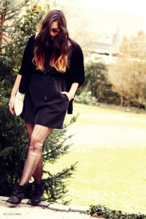grey H&M dress - black SPM boots - Cheap Monday bag - vintage sunglasses