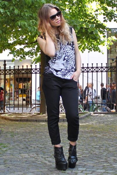 black skinny jeans Zara jeans - black leopard GINA TRICOT t-shirt - black zipper
