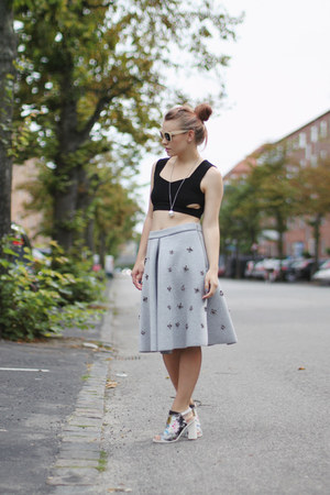 silver midi H&M skirt - black cropped asos top