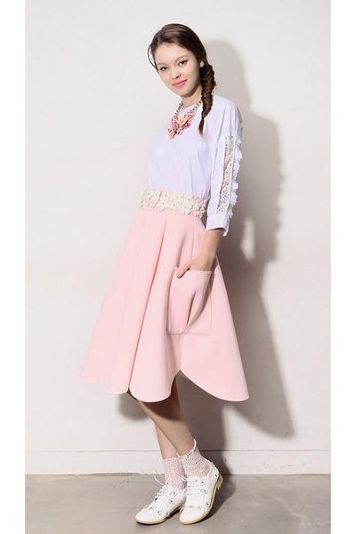 light pink storets skirt - off white lace socks storets socks