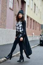 black GINA TRICOT cardigan - black Nelly boots