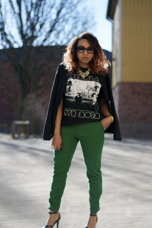 green H&M pants - black coldplay shirt