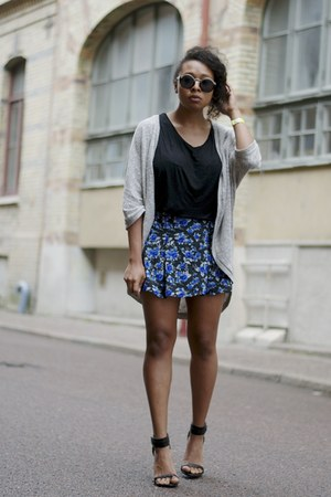 black H&M shirt - heather gray GINA TRICOT cardigan - navy H&M skirt