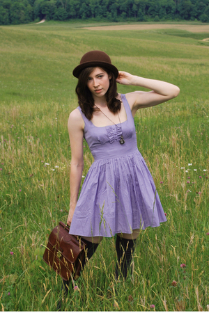 silver necklace - blue modcloth dress DD Dakota dress - brown hat - brown purse