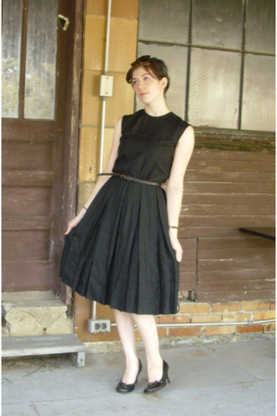 black dress - black shoes - black belt