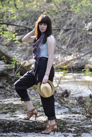 purple scarf - blue top - gray pants - yellow hat - brown shoes - gold accessori