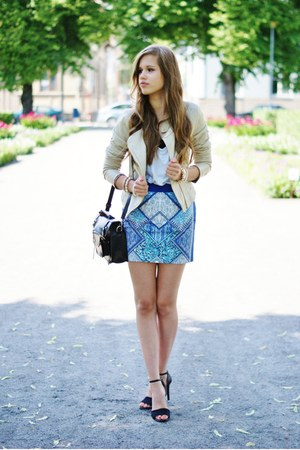 black Traceyeinny bag - blue H&M skirt - black Bianco heels