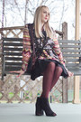 Navy-vintage-gucci-bag-maroon-striped-missoni-blouse-dark-brown-vintage-vest