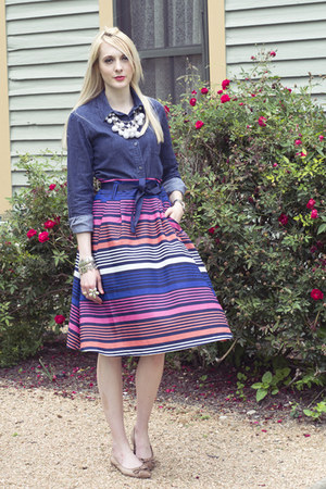 bubble gum striped Old Navy skirt - navy denim The Limited blouse