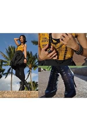 cami Bebe top - BCBG Maxazria top - Aldo boots - BCBG Maxazria necklace