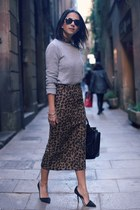 textured leopard skirt