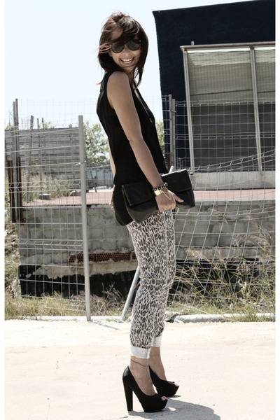 leopard print Forever 21 pants - leather clutch paloma dibos bag
