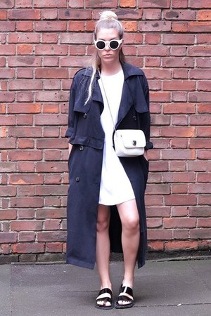 long trench Front Row Shop coat - white dress Motel Rocks dress