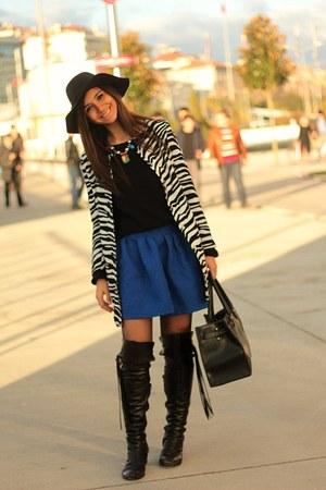 zebra PERSUNMALL coat - Koton hat - PERSUNMALL skirt
