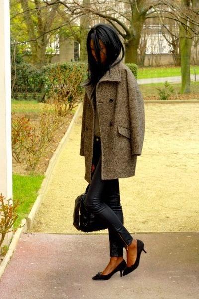 black etam heels